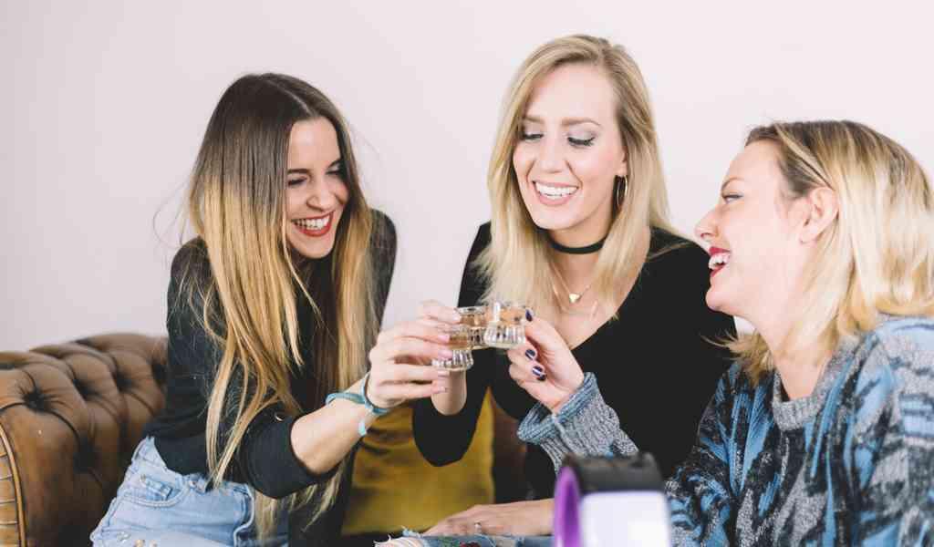 Лечение женского алкоголизма в Каринском круглосуточно
